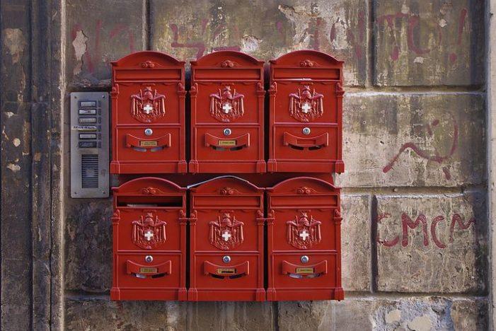Neobyčejná poštovní schránka